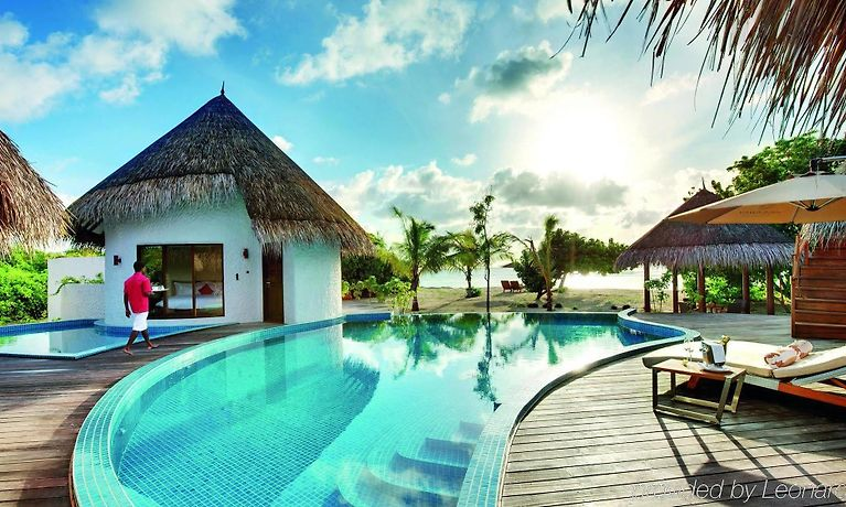 Hideaway Beach Resort And Spa Dhidhdhoo